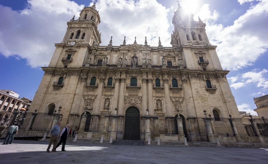 Fachada principal de la Catedral de Jaén
