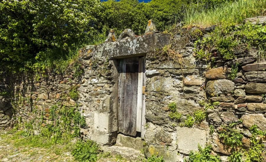 Puerta casa Calle Falagueira. Monforte