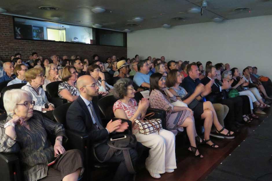 """concierto """"Cancionero Tradicional Sefardi"""", interpretado por la cantante Lara Bello"""